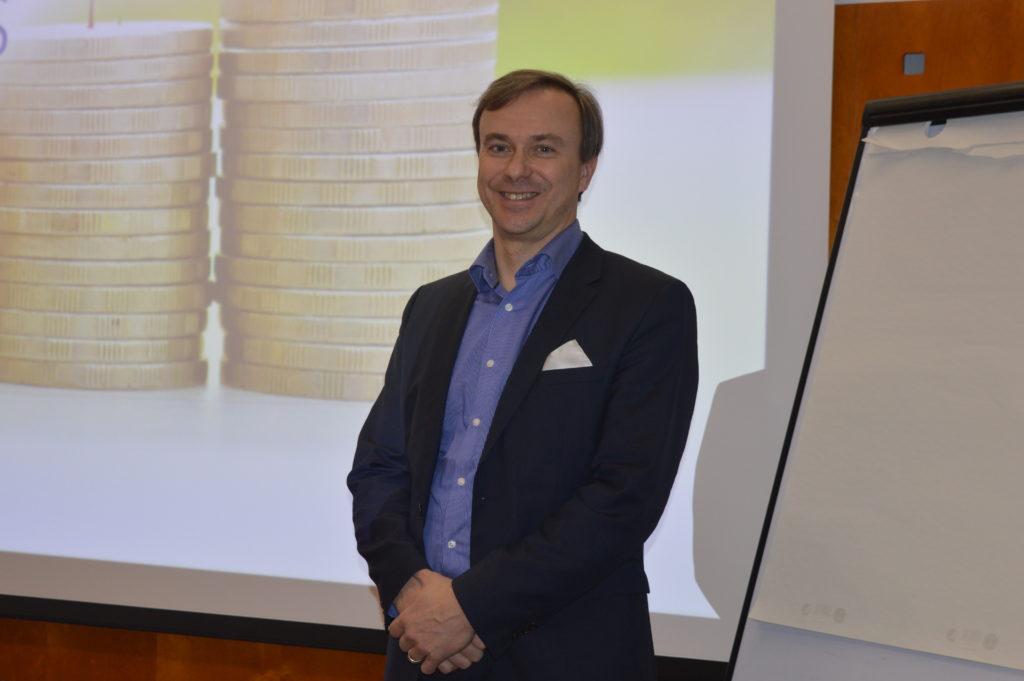 Veroasiantuntija Risto Walden: Omistajanvaihdos kannattaa suunnitella ajoissa